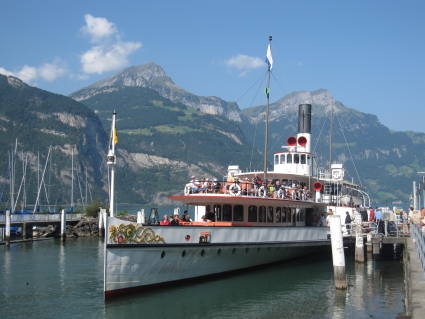 Paddle steamer moored at Fluelen - photo by Rob McFarland