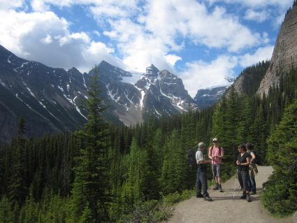 Trail from Lake Louise to Lake Agnes - photo by Rob McFarland